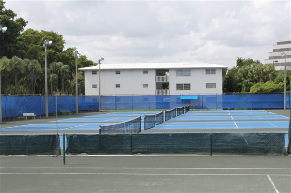 Sans Souci Tennis Center Court Resurfacing