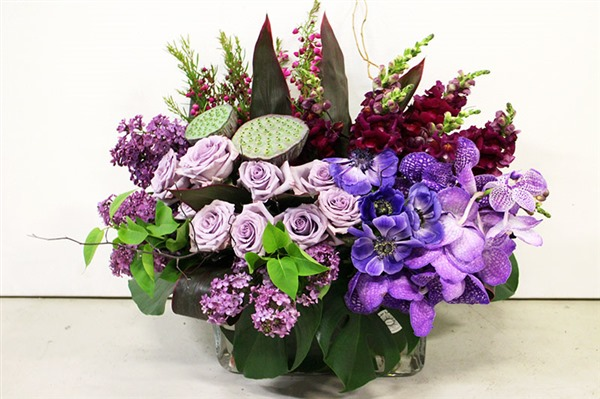 purple corporate flower